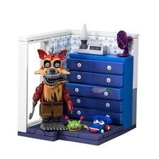"McFarlane Toys Five Nights at Freddy's - Кошмарный Фокси ""Левый комод и правая дверь"""